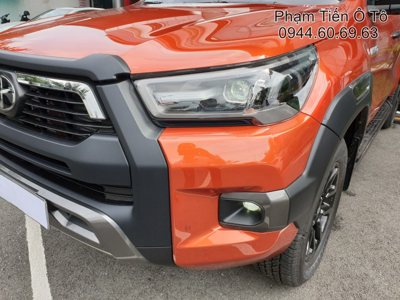 hilux-2021-2-8g-4x4-at-adventure